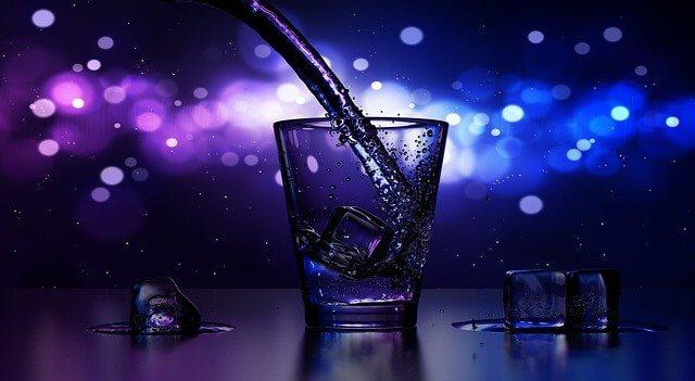 コップに注がれていお酒