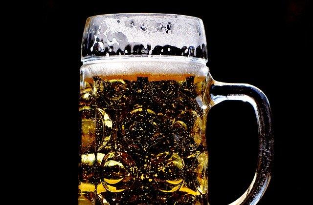 ジョッキに入ったビール