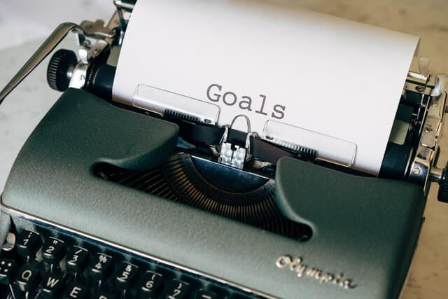 タイプライターで入力されたGoalsの文字